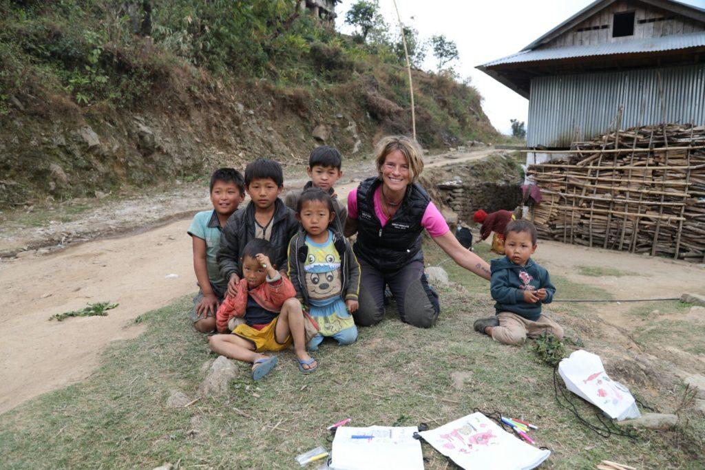 Quelques nouvelles du great himalaya trail association for Association maison
