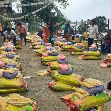 Aide alimentaire à Kabre