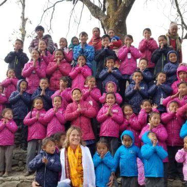 Distribution d'aide et visite à Kabre